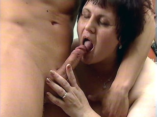 Dick Licking Mature Plumper